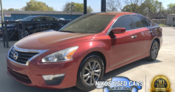 Nissan Altima S, Cayenne Red, 2015